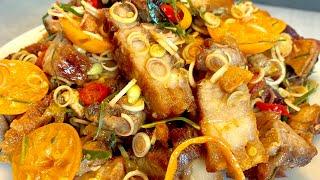 Hướng dẫn làm món ba chỉ lắc sả tắc và cách chiên thịt không văng dầu hiệu quả_Bếp Hoa