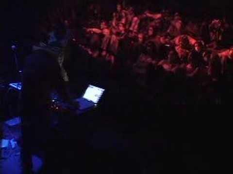 Multiplicidade 2005: Muti Randolph + DJ Jonas Rocha