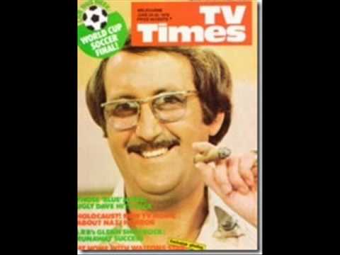 GRAHAM KENNEDY'S BLANKETY BLANKS Interview with Ugly Dave Gray