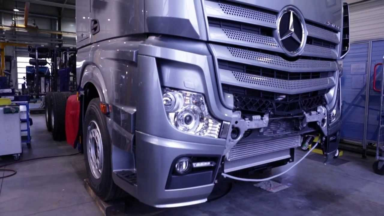 mercedes benz custom tailored trucks site de molsheim les actros youtube. Black Bedroom Furniture Sets. Home Design Ideas