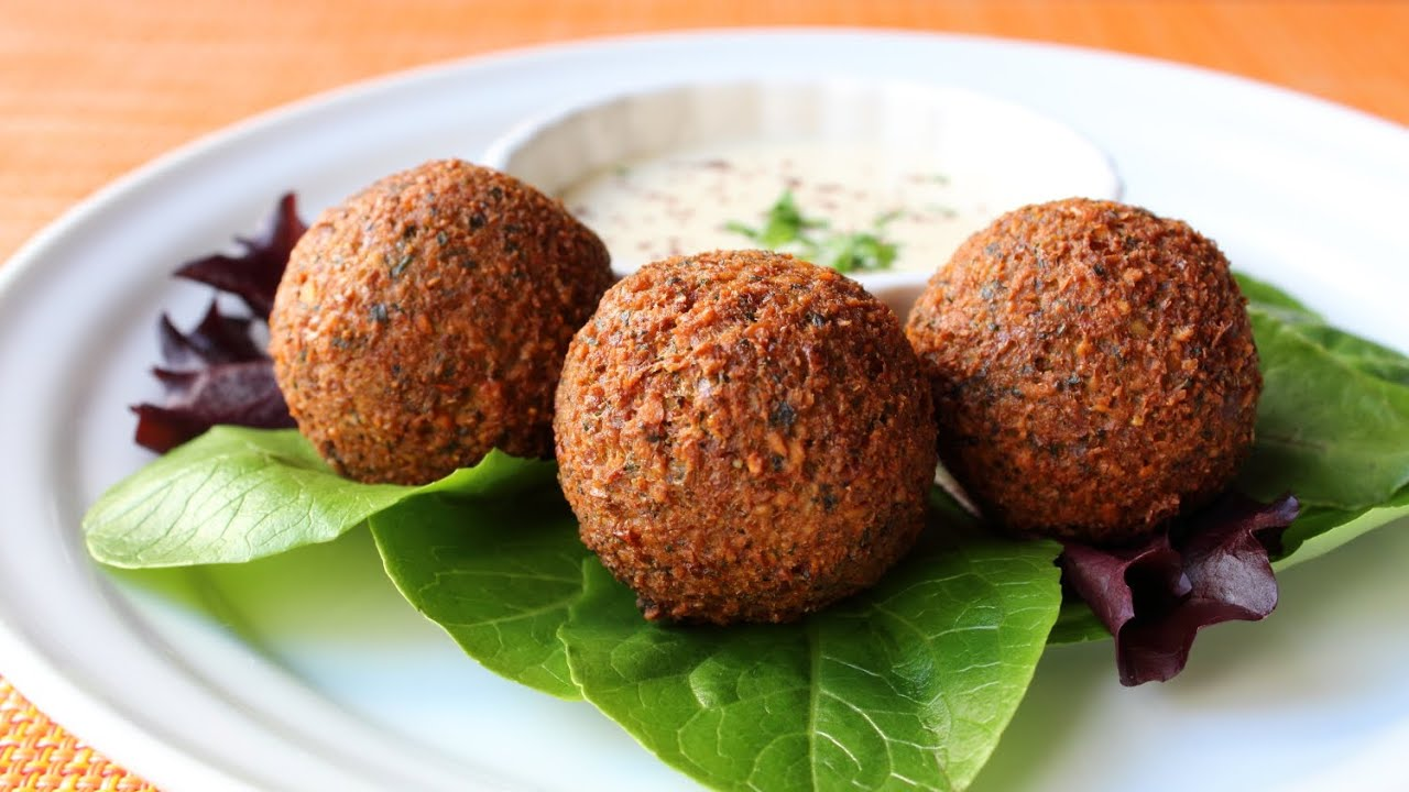 How to Make Falafel - Crispy Fried Garbanzo Bean/Chickpea Fritter Recipe
