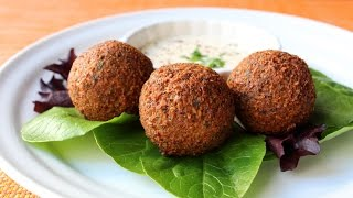 How to Make Falafel - Crispy Fried Garbanzo Bean/Chickpea Fr...