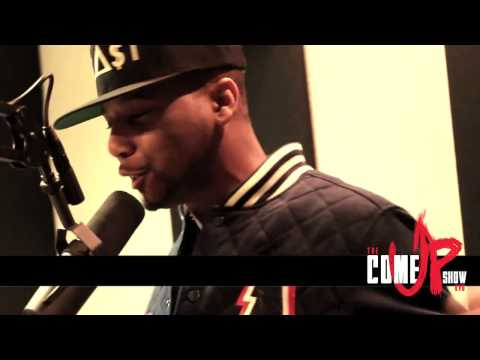 Juelz Santana Freestyle on Dj Cosmic Kev Come up show [Shot By Werunthestreets] LiLSnupeFans