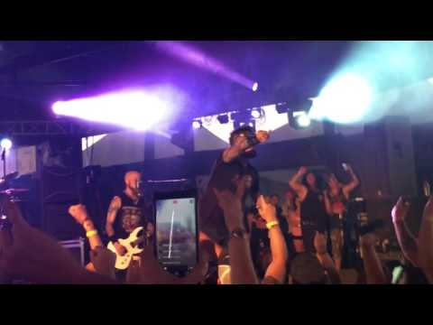 Drowning Pool - Bodies - Live Rockfest Wi 2017