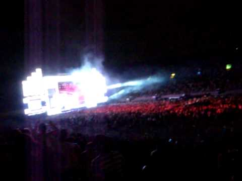 Armin Van Buuren Tweak Your Nipple (Tiesto remix) at EDC Electric Daisy Carnival 2010