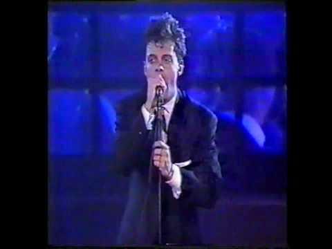 Luis Miguel - Fría Como El Viento [Versión Salsa] (Venezuela 1992)