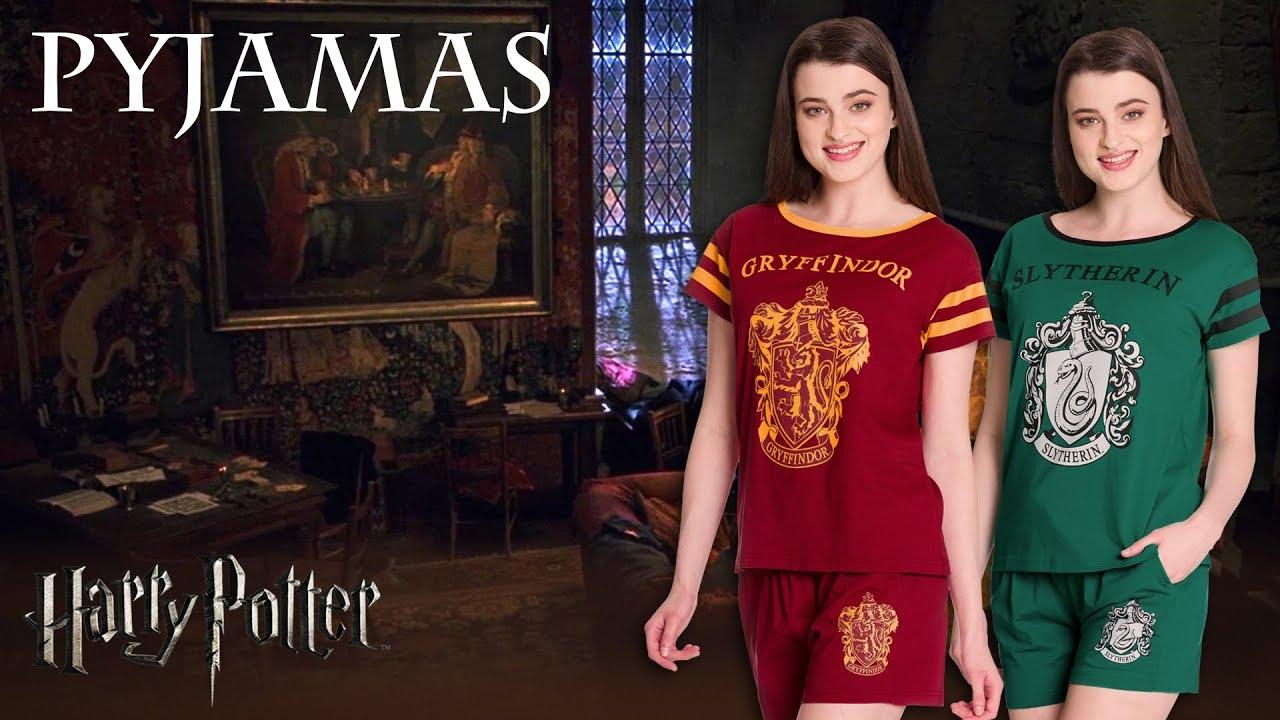 harry potter gryffindor slytherin pyjamas youtube. Black Bedroom Furniture Sets. Home Design Ideas
