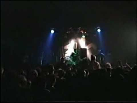 15 - blink-182 - Enthused (Live University Of Montreal, CAN)