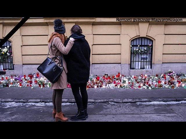 В Венгрии оплакивают погибших в ДТП школьников