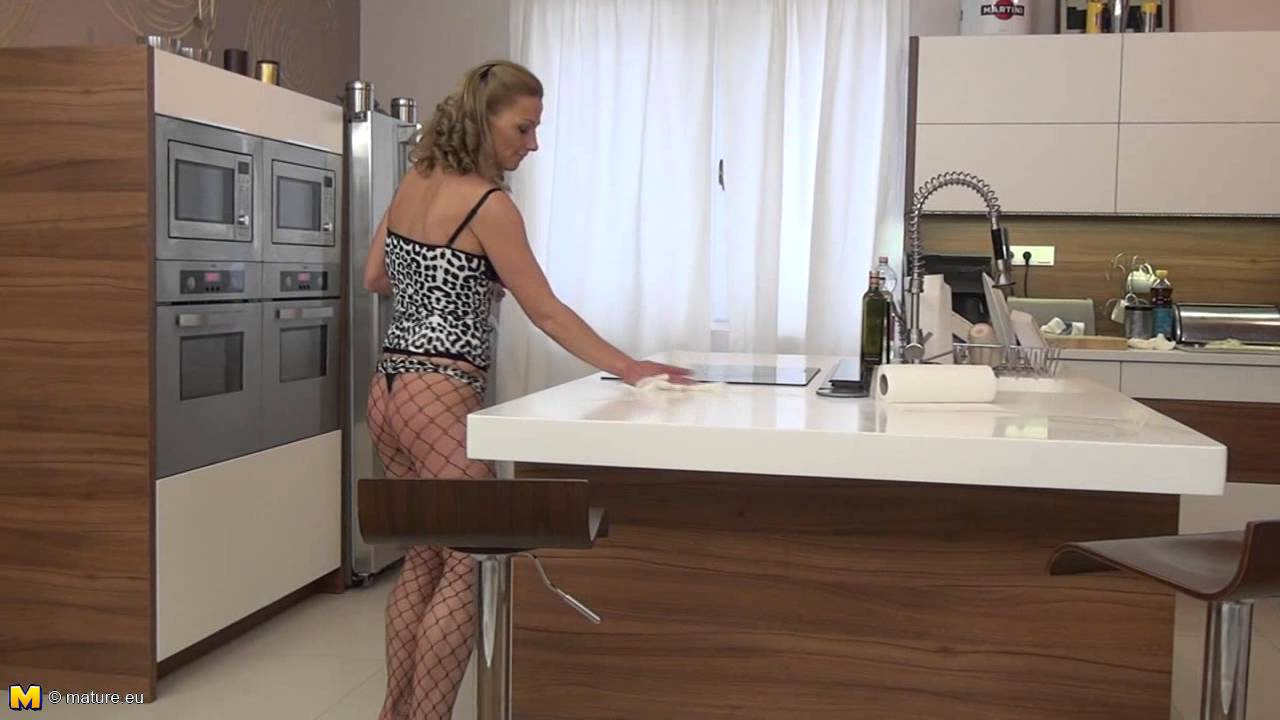Housewifes in panties