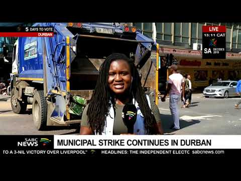 Police keep a close eye on the municipal strike in Durban