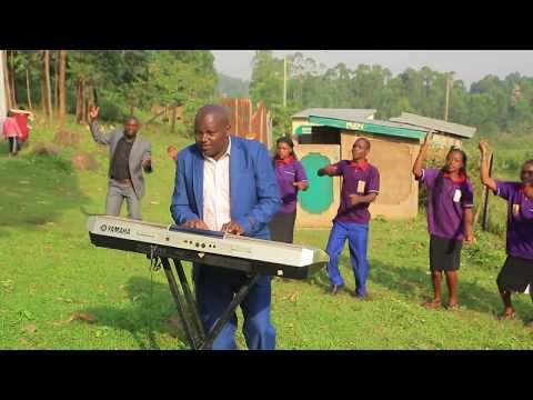 Suguta Hoyee ST  JOSEPH CATHOLIC CHOIR SUGUTA  Magwagwa parish kisii diosece CATHOLIC SONGS