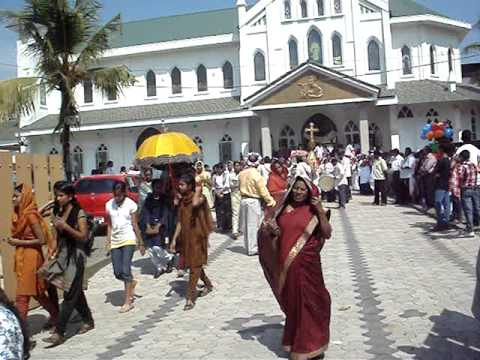 ST  FRANCIS XAVIER CHURCH ALUVA 09122012 Video By HYGNES JOY PAVANA  MOV02558