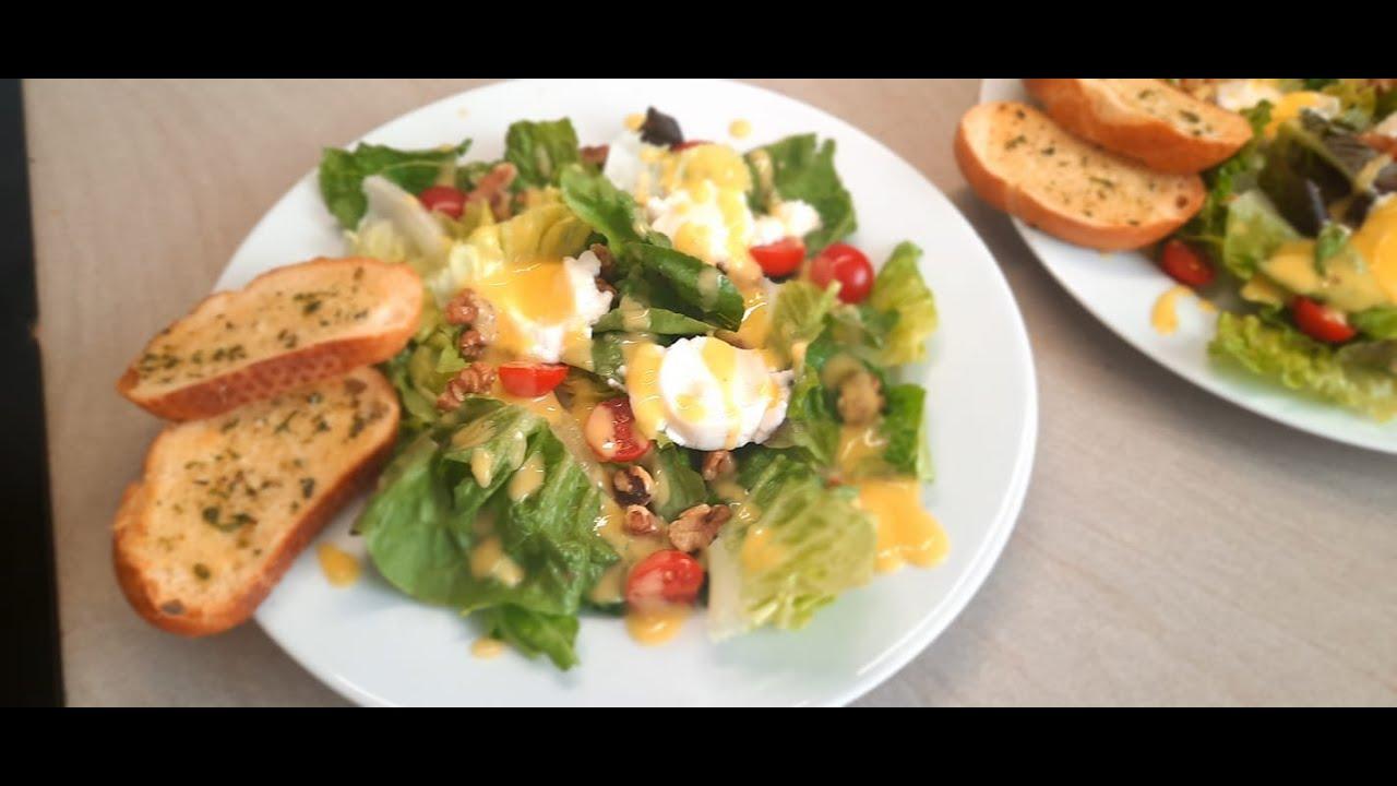 Download Letnia salatka z kozim serem i dresingiem z mango