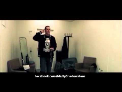Avenged Sevenfold - M. Shadows Warms Up To Nightmare Backstage