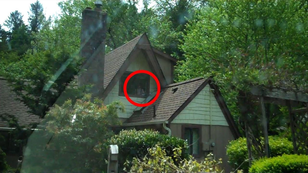 Live Niagara Falls Wallpaper Ghost Caught On Camera On The Road With Haunted