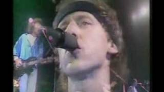 Dire Straits - So Far Away (Live in Wembley