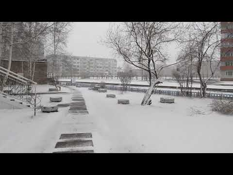 14 апреля 2019. В Шарыпово идет снег