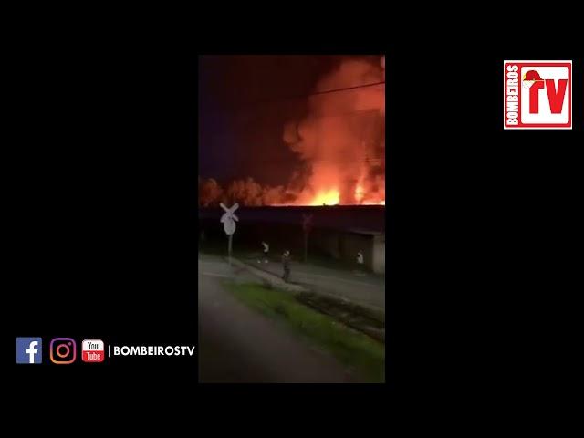 Incêndio em Fabrica de Papel - Santa Maria da Feira