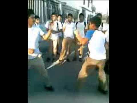 High School Fight (Campos Coello High School) - (Guayaquil - Ecuador)