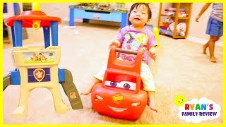 Emma and Kate play with Step2 roller coaster Lightning McQueen and Paw Patrol Lookout Tower Slide