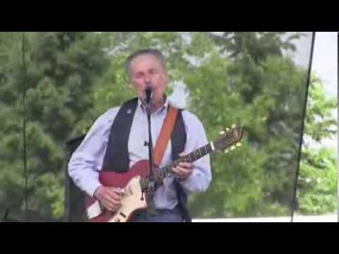 "Morgan Davis: ""Walking Blues"" Waterfront Blues Festival, Toronto  2013"