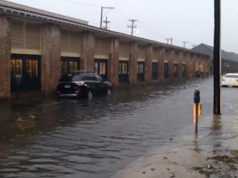 Raw: Hurricane Matthew Lashes South Carolina