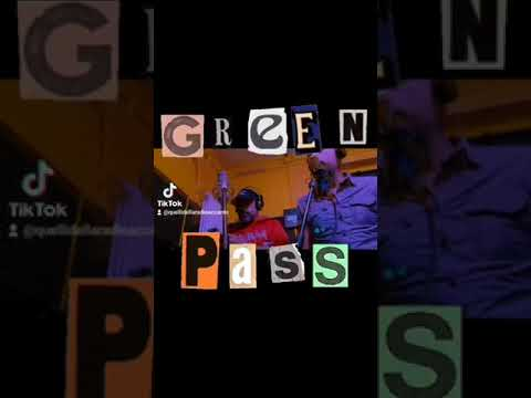 La nuova hit Ce vo 'o Green Pass