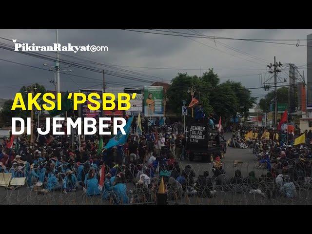 Ratusan mahasiswa Gelar 'Pembangkangan Sipil Berskala Besar' (PSBB) Tolak Omnibus Law UU Cipta Kerja