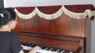 Thanh Vân đàn piano bài: Lắng Nghe Lời Chúa