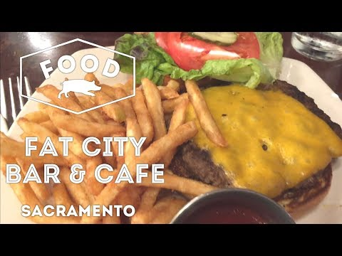 Good Ole American Food at Fat City Bar & Cafe in Sacramento, California | FOOD VLOG