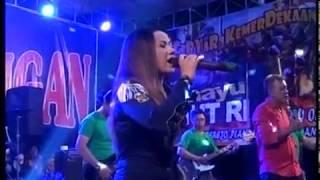 Download Video GOYANG HOT UUT SELLY DITINGGAL RABI (OM GENTAYANGAN) Live Tlogowatu MP3 3GP MP4