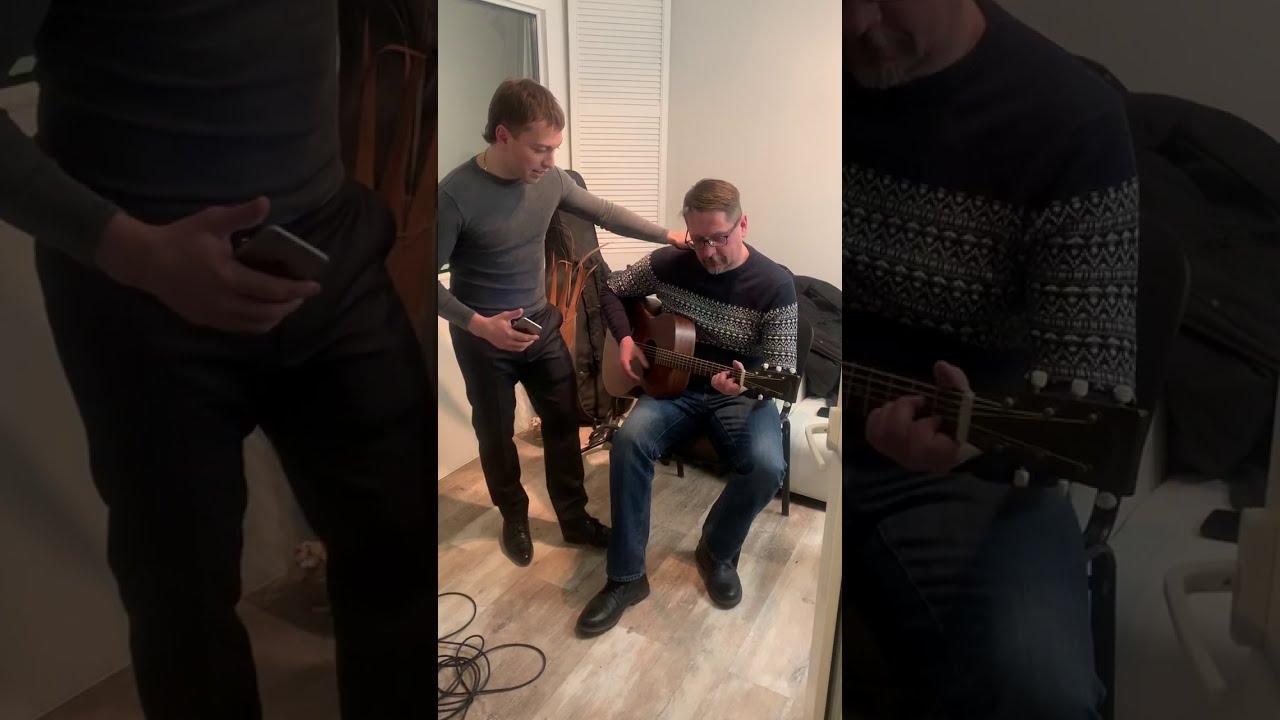 Михаил Анисин поёт песню Высоцкого \