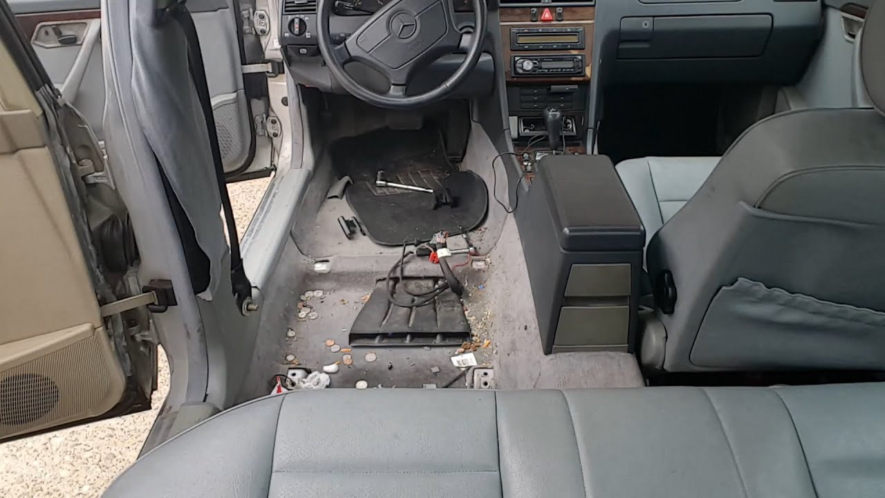 W202 - REMOVE AND CLEAN UNDER SEATS! - YouTube