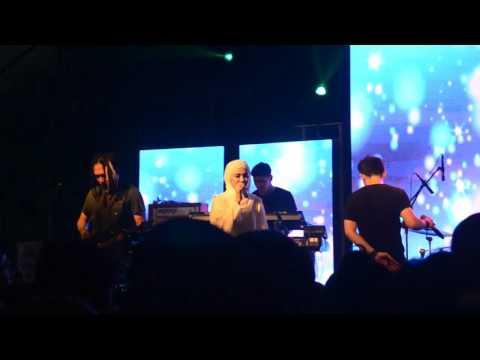 Estranged feat Fazura UPM - Hancur Aku