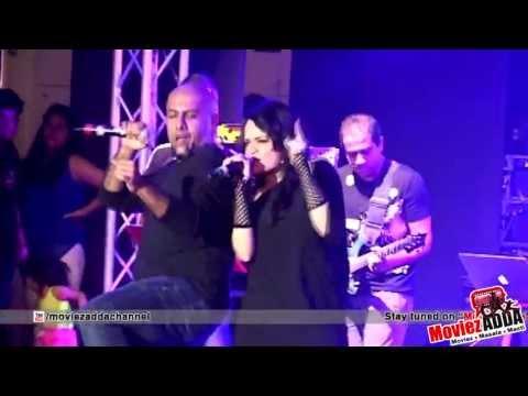 Balam Pichkari Live Performance| Vishal Dadlani, Aditi Singh Sharma
