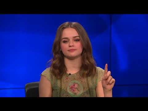 """Sam Reveals How he Hid Under a Bed Like Joey King in """"The Kissing Booth"""""""
