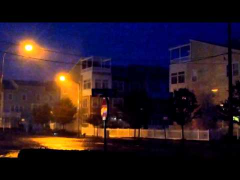 Hurricane Sandy 10-29 6:20pm Far Rockaway