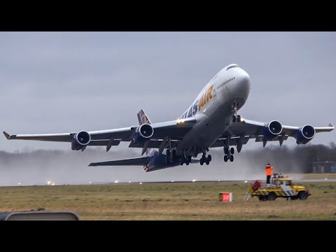 FIRST EVER Boeing 747 at Groningen airport Eelde! Atlas air 747 landing and take-off (4K)