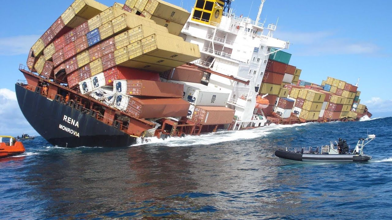 must watch horrible moments ship in distress in the storm
