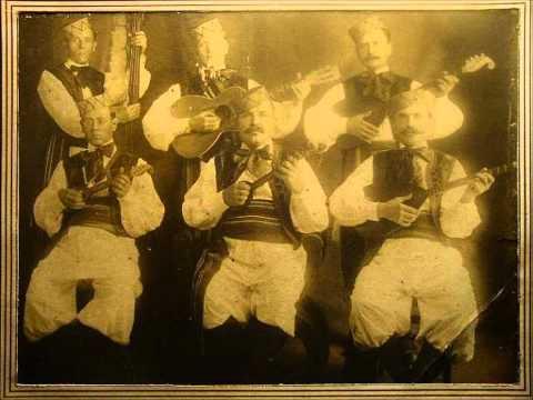 Tamburitza music by Momo Nikolic