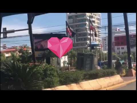 Proyectan un vídeo pornográfico en una pantalla publicitaria en Santo Domingo