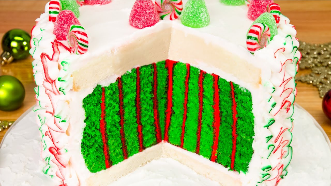 How to make christmas cake - Christmas Cake With A Surprise Inside From Cookies Cupcakes And Cardio Youtube