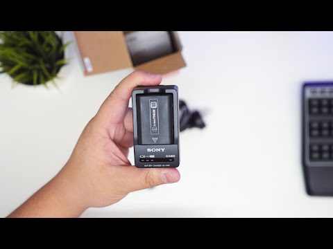 Sony ACC-TRW Travel Charger Kit For NP-FW50 Battery | Unboxing