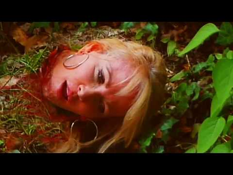 Beheading scene with Diana Dayton streaming vf