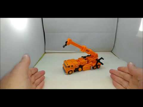 Chuck's Reviews Transformers Earthrise Grapple