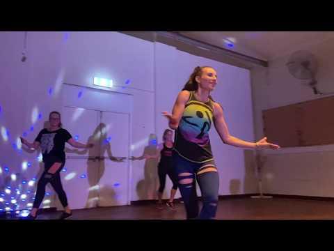 Suave (Kiss Me)//feat Mohombi & Pitbull//Nayer//Zumba® With Vale Choreo