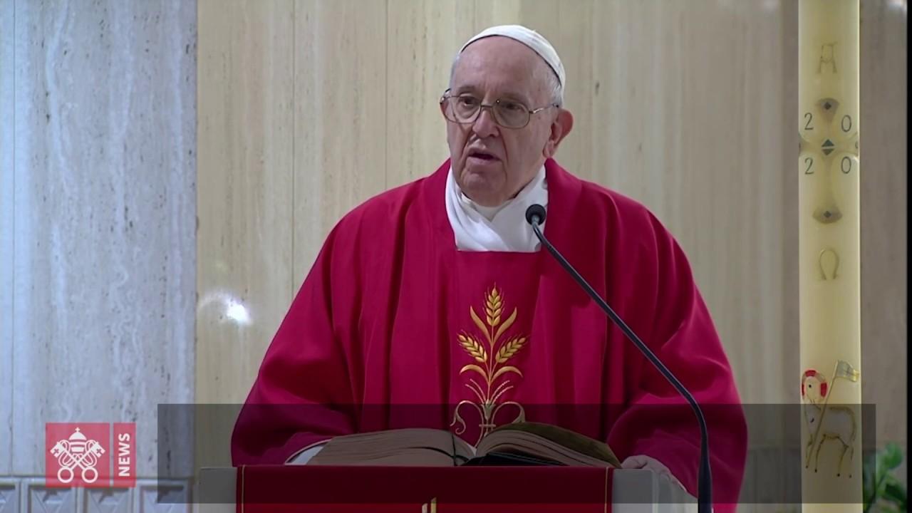 Papa: viver a fé de portas abertas, transparente