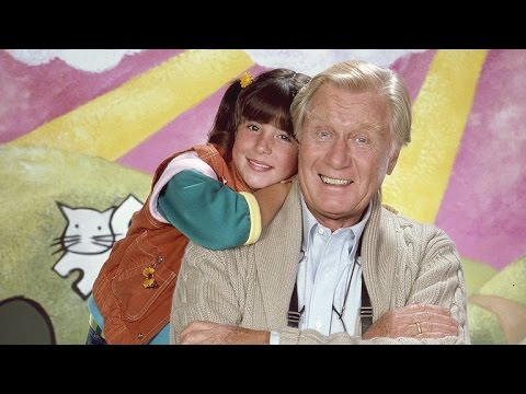 Soleil Moon Frye Pays Tribute to Her Late 'Punky Brewster' CoStar, George Gaynes