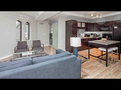 A furnished short-term 2-bedroom in Chicago